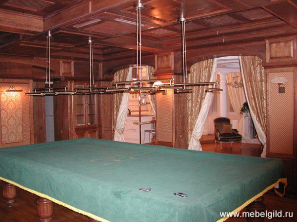 Уютная кабинет-библиотека в квартире на Мичуринском