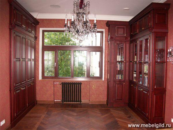 Домашний кабинет выполненный в классическом стиле на Садовой