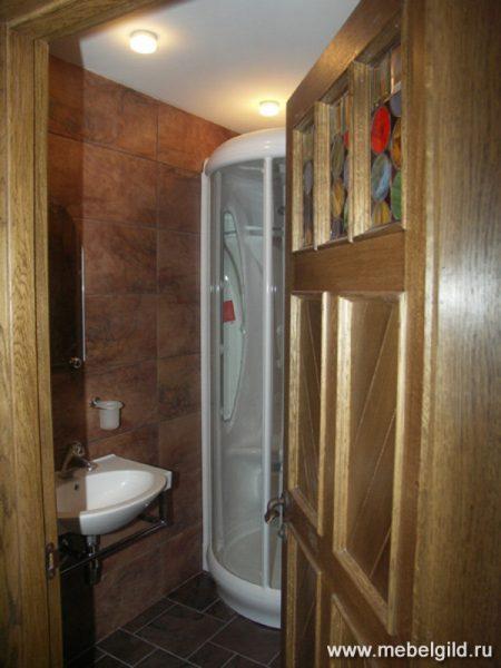 Стильная мебель для ванной комнаты коттеджа (Апрелевка)